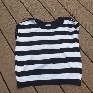 Black and white striped knot shirt